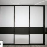 Встроенные шкафы купе в офис: особенности и преимущества встроенной мебели